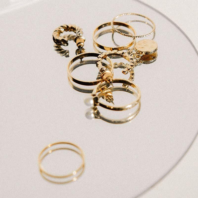 Bergamo Oro: Valutiamo il tuo oro in base alla quotazione dell'oro usato aggiornata in tempo reale.
